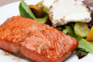 49 ww-honey-glazed-salmon-with-wasabi-4-points-310815_15541